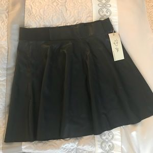 RD Style black faux leather skirt